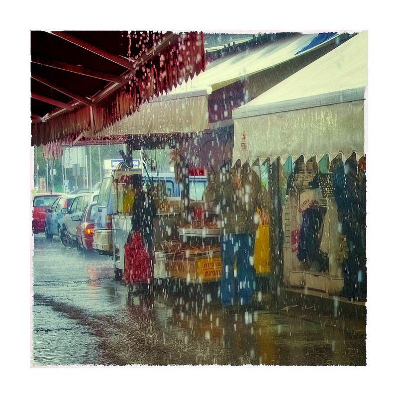 Дождь на рынке Тель-Авиваphoto preview