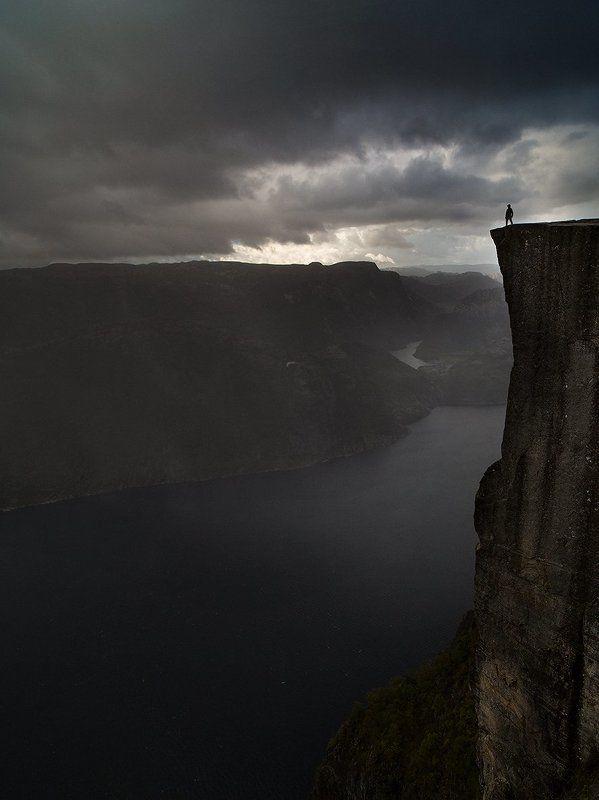 Norway, Preikestolen, Норвегия После буриphoto preview