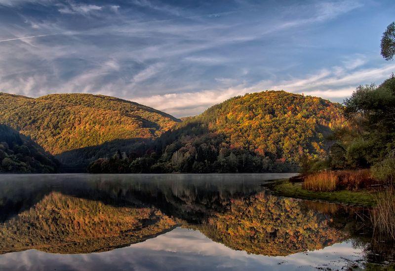 Осенние отраженияphoto preview