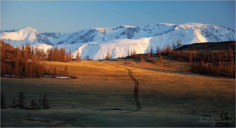 Курайская степь, Северо-Чуйский хребет Курай. Магия угасающего дня.photo preview