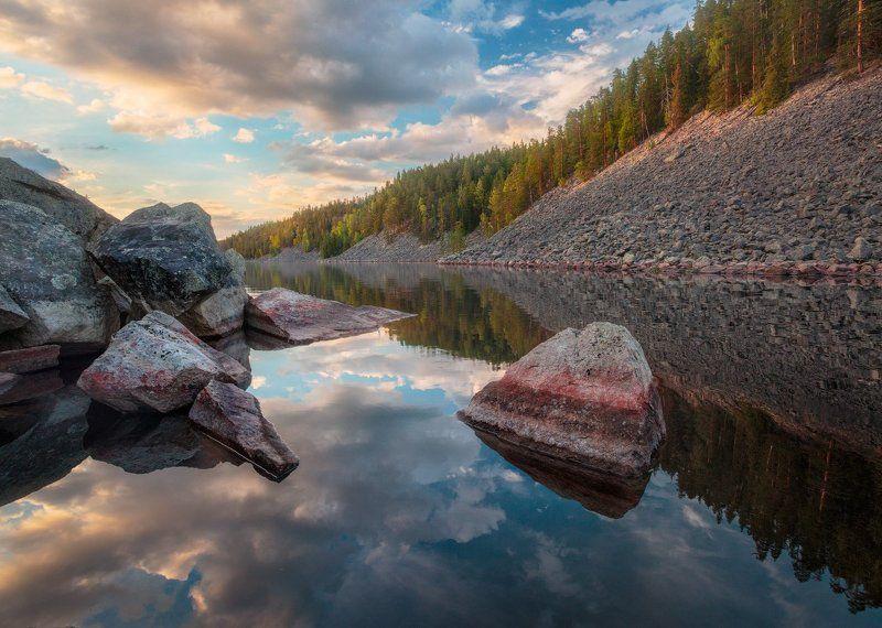вечер, небо, закат, облака, камни, скалы, озеро, карелия, вода, отражения Отраженияphoto preview
