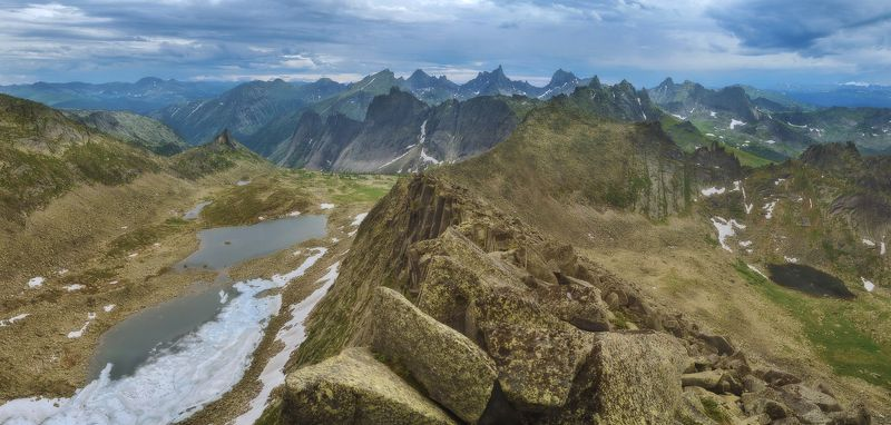 ергаки, восьмерка, нкт, сказка, перевальная Панорама Ергаков с горы Перевальнаяphoto preview