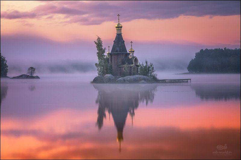 Россия, Вуокса, рассвет, пейзаж, туман, озеро Храм Апостола Андрея Первозванного на Вуоксеphoto preview