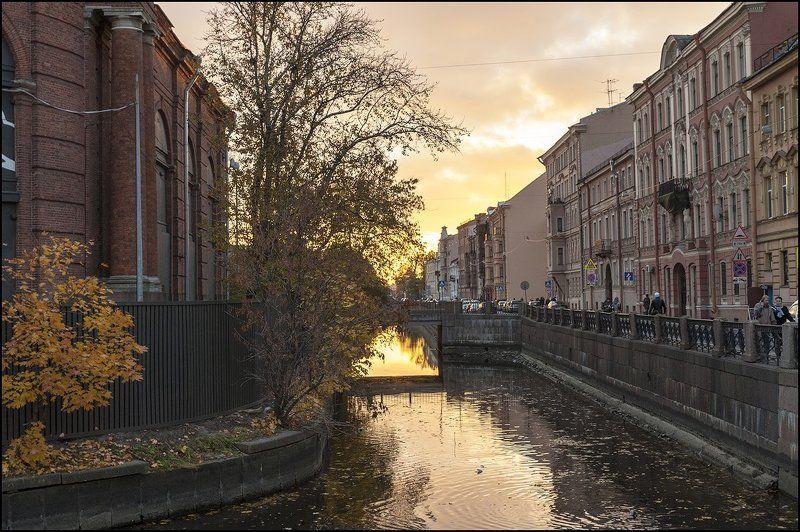 адмиралтейский канал новая голландия октябрь photo preview
