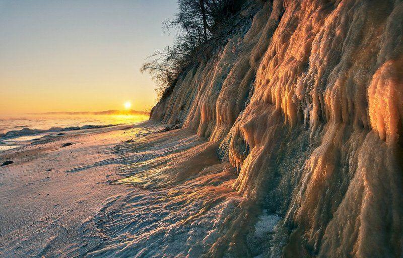 Балтийское море, Заостровье, зима, лёд Ледопадphoto preview