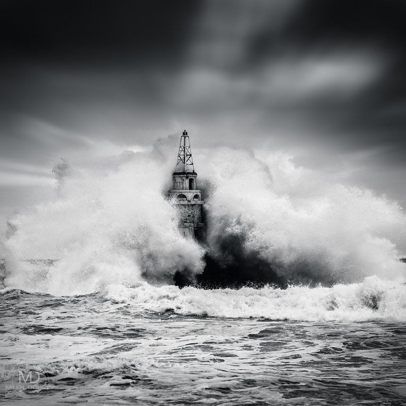 storm,nature, b&w, black sea, lighthouse photo preview