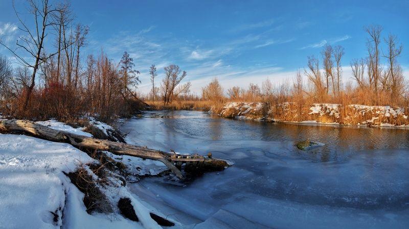 Замерзшая рекаphoto preview