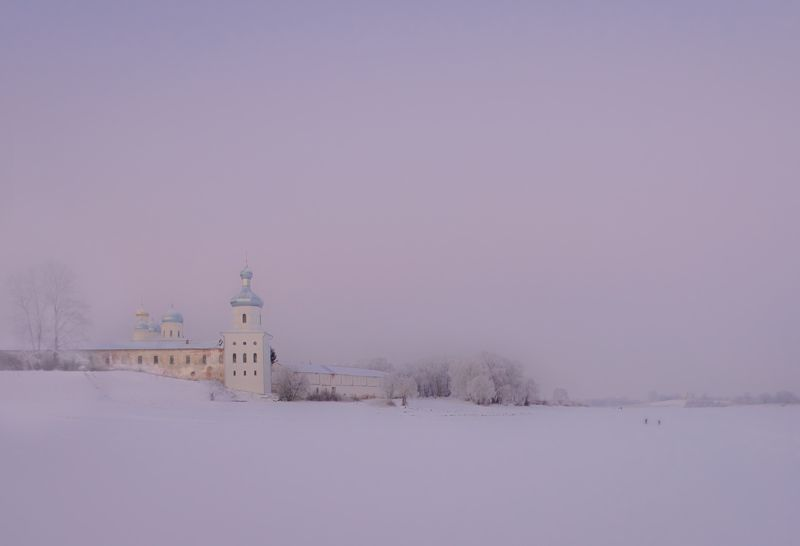 Юрьев монастырь со скита .photo preview
