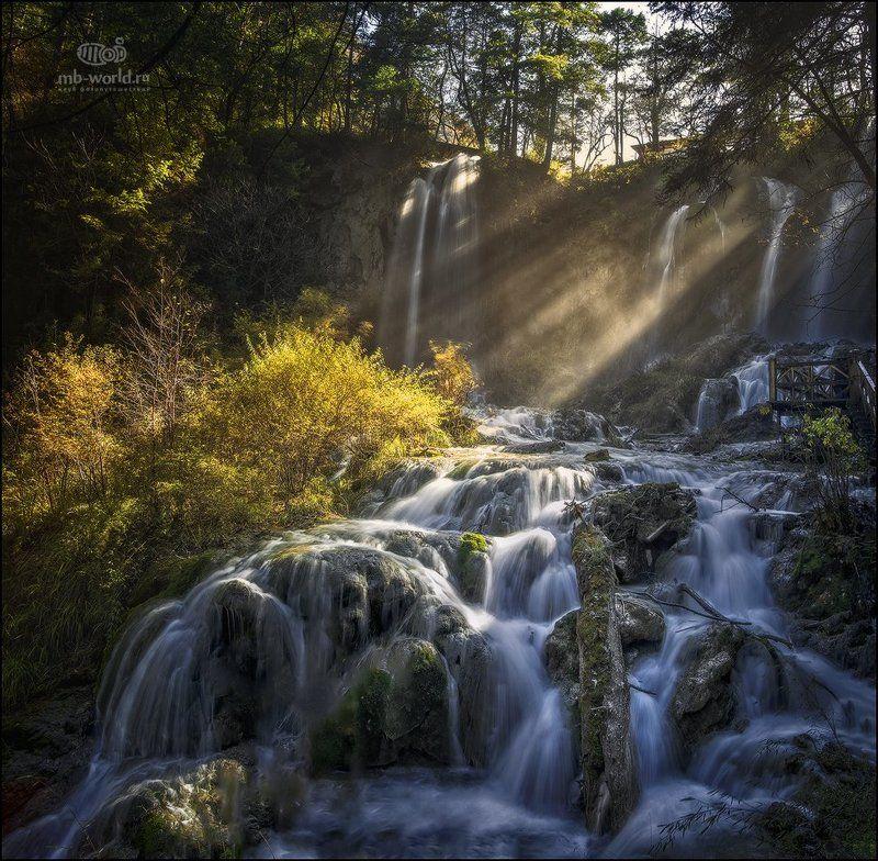 Китай, Цзючжайгоу, свет, пейзаж, водопад, утро Утренний свет...photo preview