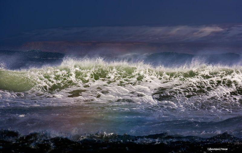 шторм; волны; брызги; сопки; тихий океан; остров беринга; море; ветер; камчатка; командорские острова; командоры; дальний восток Волнаphoto preview