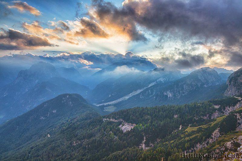 Закат. Юлианские Альпыphoto preview
