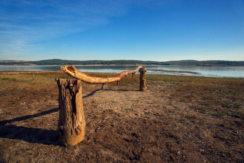 На берегу Симферопольского водохранилищаphoto preview