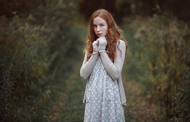 рыжая, осень, девушка, веснушки, дорога  girl with frecklesphoto preview