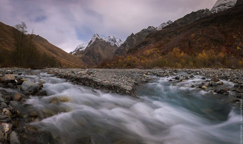 горы,кавказ,домбай,ульген,река,осень,пейзаж,ущелье,панорама,россия Домбай-Ульгенphoto preview