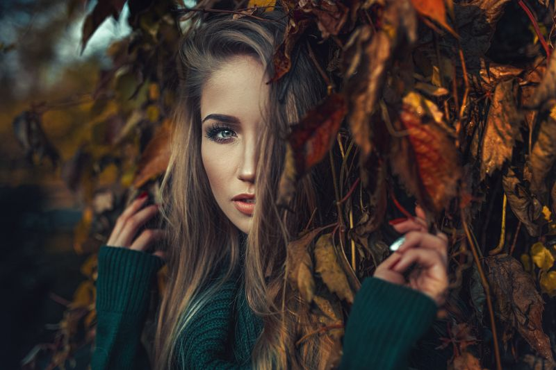 portrait, color, mood Lostphoto preview