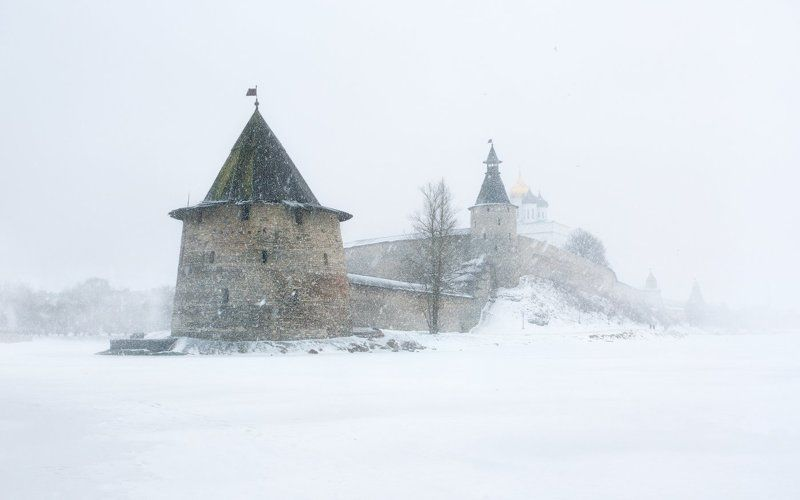 холод, снег,  Псков, метель, Кром, зима, вьюга Кром в пелене зимыphoto preview