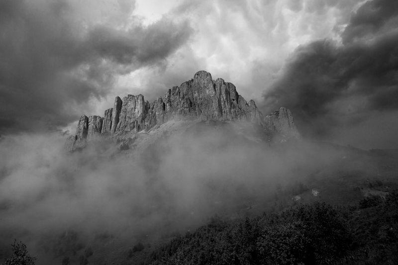 природный парк большой тхач, гора, кавказ, туман, ночь, земля богов, Гнев боговphoto preview