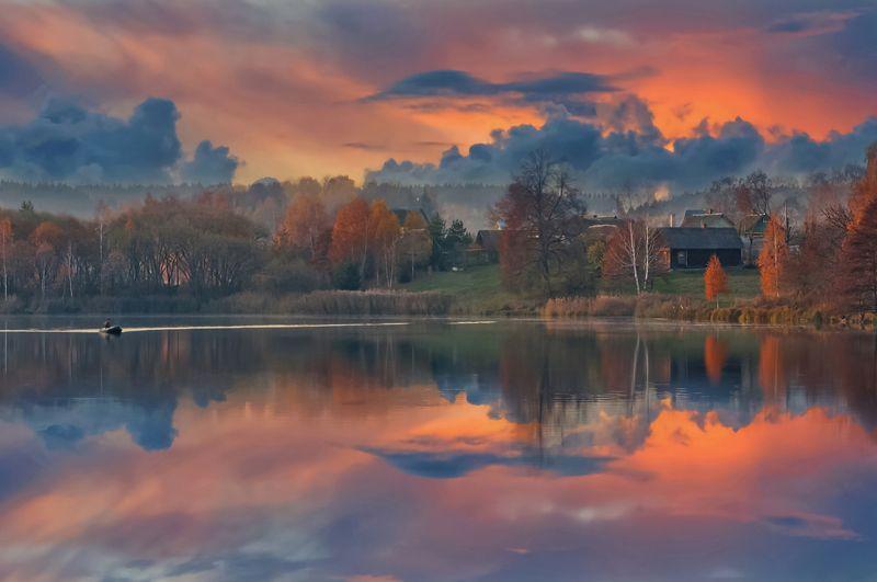 закат, осень, речка, природа Закат в деревне Задомляphoto preview