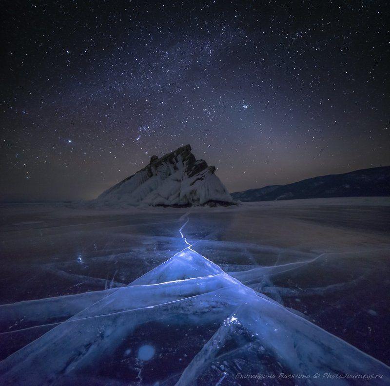 байкал, ночь Магические треугольникиphoto preview