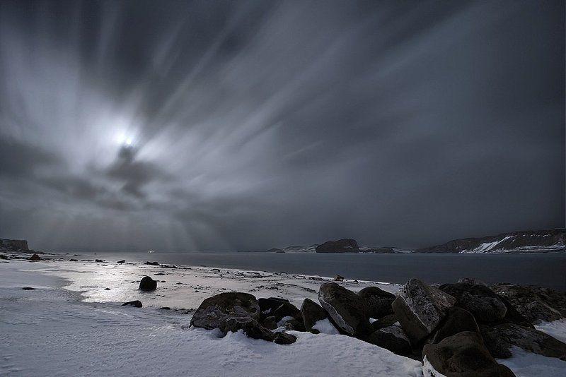 антарктика, остров kig georg,бухта ардли, полнолуние Полнолуние в бухте Ардлиphoto preview