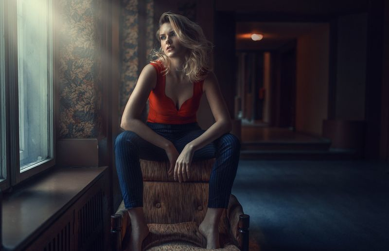 portrait, eyes, beautiful, sexy, polish, poland, canon, sigma On the armchairphoto preview