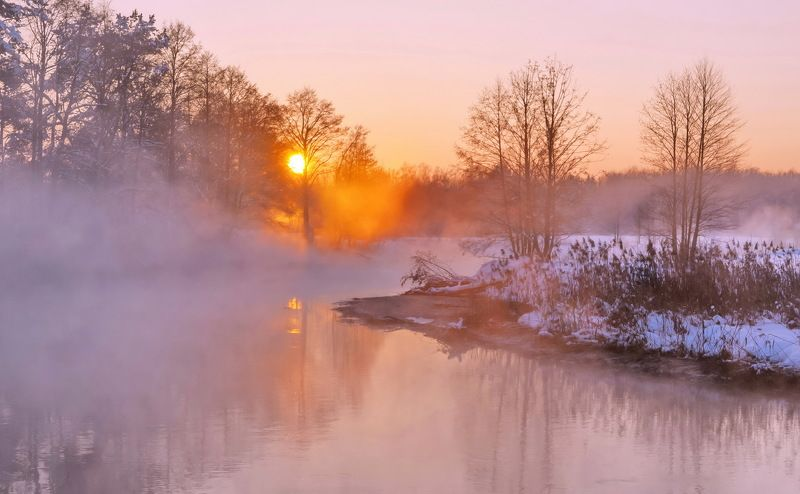 закат, зима, мороз Пылал закат, как сталь клинкаphoto preview