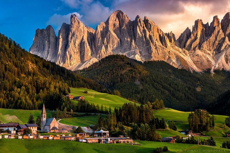 italia, italy, alps, dolomiti, dolomities, mountains, rocks, sunset, colours, peaks Beautiful Santa Magdalenaphoto preview