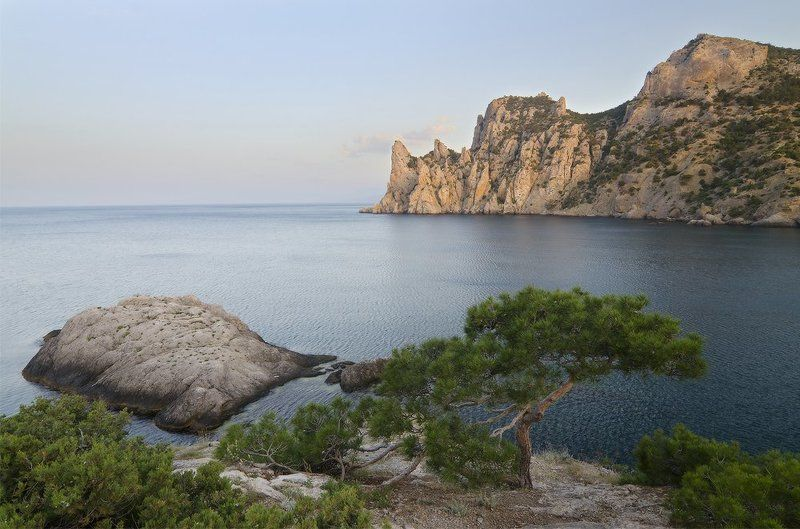 Крым, мыс Капчик Караул-Оба на рассветеphoto preview