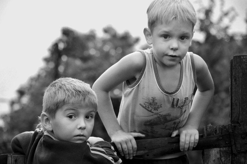 Мальчишки с нашего двораphoto preview
