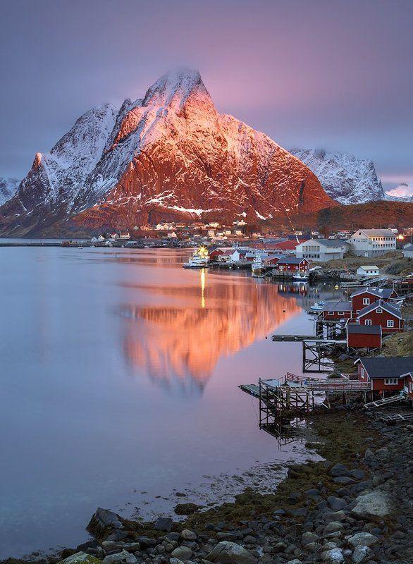norway, lofoten, winter, olstinden, mountain, hamnoy, sakrisoy, sunrise Magic of Olstindenphoto preview