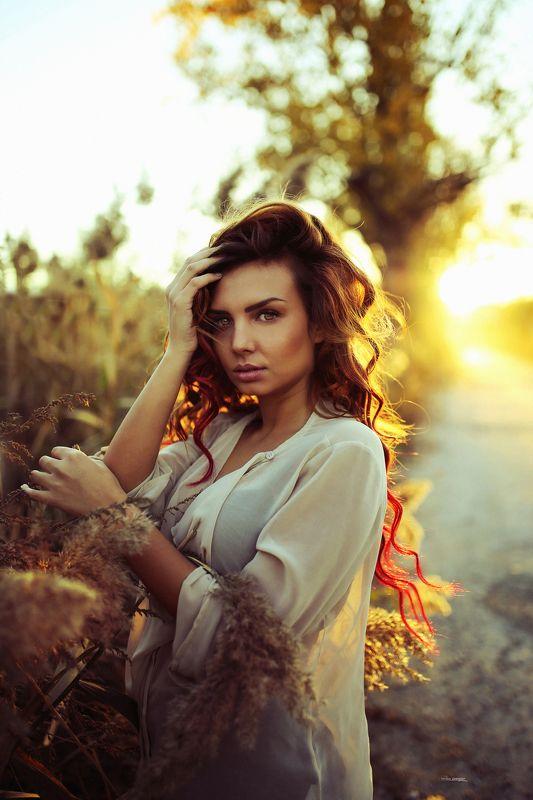 #golden #hour #photo #natural #popular #portrait #beauty #girl #6D #sigma #art The Golden hour photo preview
