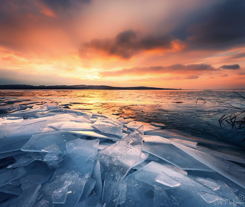 ice, winter, lake, frozen,water, nature, landscape Ice agephoto preview