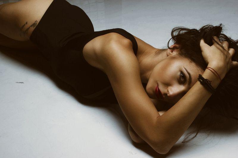 #Model #photo #popular #portrait #sexy #face #studio #photosesion #sigma #art  Деницаphoto preview