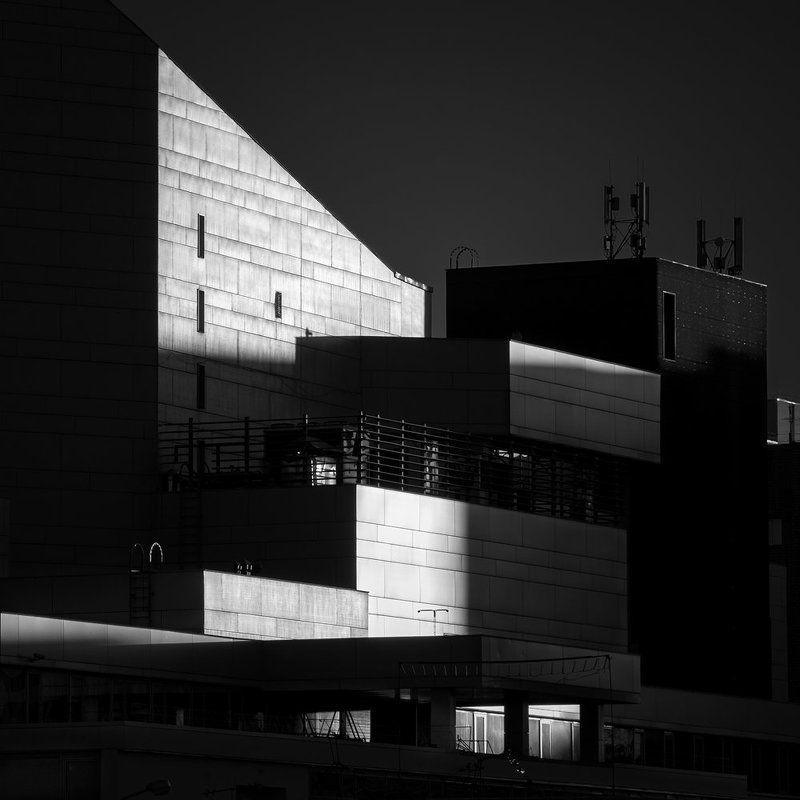 архитектура, город, красноярск, БКЗ, большой, концертный, зал, чб, чернобелое, геометрия, линии, детали, здание Городская средаphoto preview