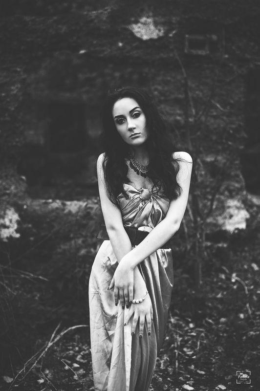 female, outdoors, portrait, fashion, people, portraiture, face Kunigundaphoto preview