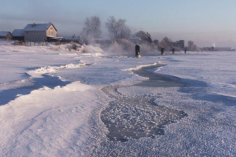 зима река берег лед мороз туман вечер деревья Ранний вечер на рекеphoto preview