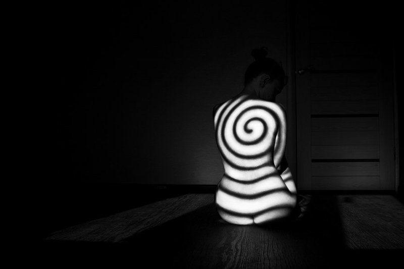 арт, ню, art-nude, shadows, nude, bw-nude, fine-art-nude, estetmf, saratov, spiral, саратов, spiralizationphoto preview