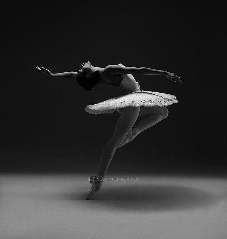 spirit, fine art, ballet, балет, пачка,  пуанты, choreography, хореография, ballerina, балерина, dance, танец, dancer, танцор, шпагат, чб, bw, art, repiashenko, yevgeniy repiashenko, репяшенко, евгений репяшенко photo preview