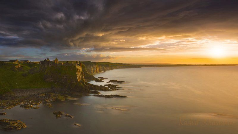 Dunluce Castle (National Geographic )photo preview