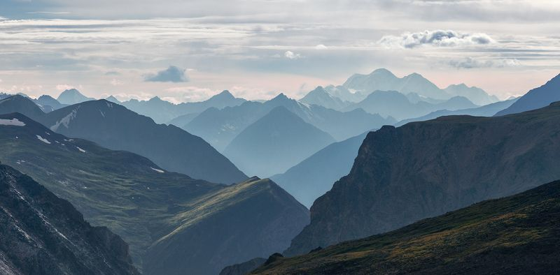 пейзаж, природа, панорама, горы, вершины, хребет, алтай, катунский, вершина, даль, далекий, большой, высокий, красивая, трехглавая, белуха, северо-чуйский Карагемские воротаphoto preview