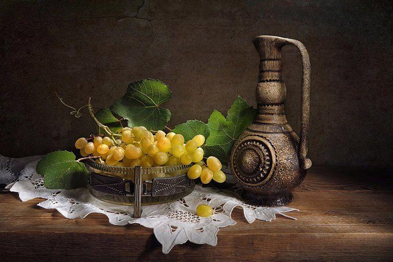 виноград,кувшин Виноградphoto preview