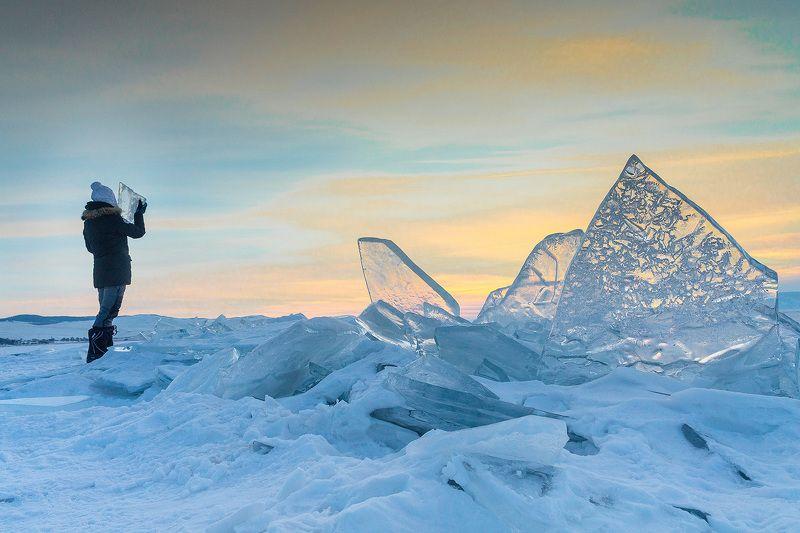 Байкал, лед, Ольхон Сквозь ледphoto preview