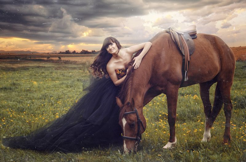 девушка, модель, красота, лошадь, луг, гроза, фатин, платье, трава, небо, тучи, солнце, улыбка, сказка, история, седло, прическа, ветер Неизведанноеphoto preview