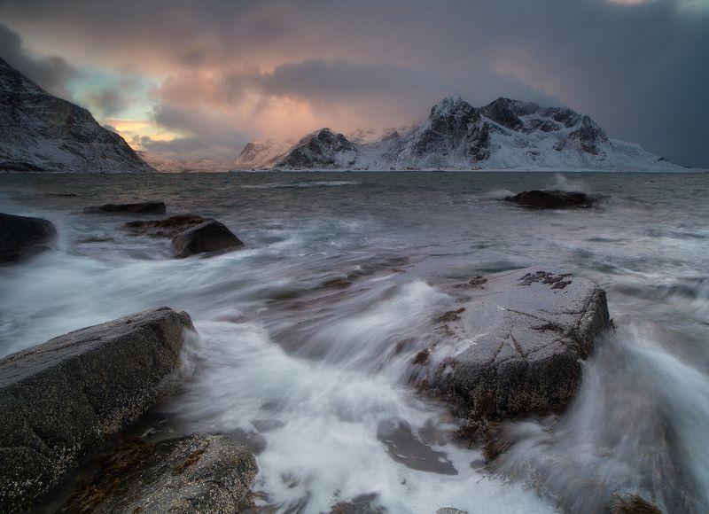 норвегия, лофотены Вечер на пляже Vareidphoto preview