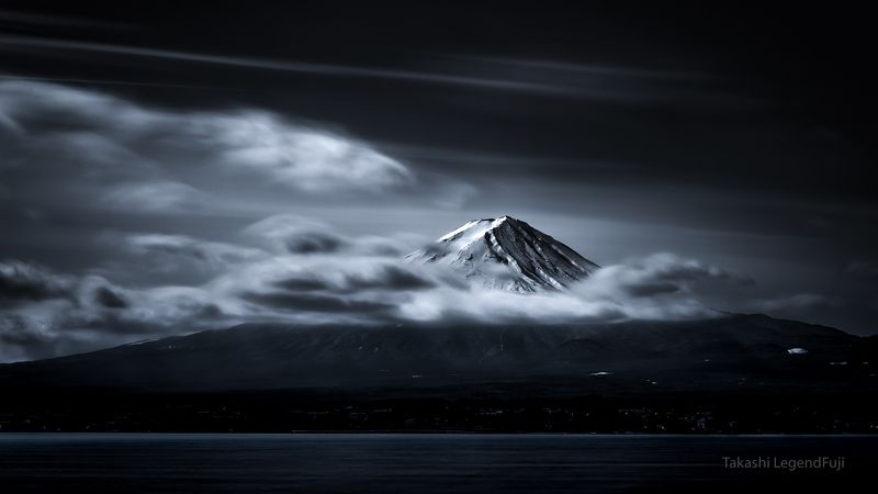 FUJI, MOUNTAIN, JAPAN, CLOUD, LAKE, WATER, SNOW, SUMMIT, SKY, BLUE, LANDSCAPE, AWESOME, WONDERFUL, BEAUTIFUL, Moment of appearancephoto preview