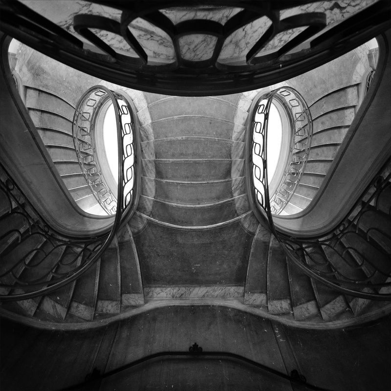 staicase, architecture, interior, depth, geomery, paris, abstract, surreal Маскаphoto preview