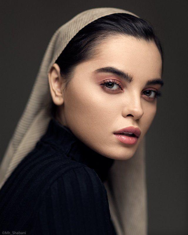 portrait, beauty, face, eyes, 85mm, photographer, model, headshot, Revealing Eyesphoto preview