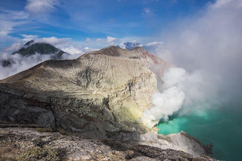 пейзаж, путешествия, индонезия, ява, вулкан, travel, landscape Кратер вулкана Идженphoto preview