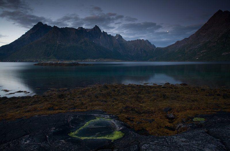 норвегия, лофотенские острова Lofoten Nightphoto preview