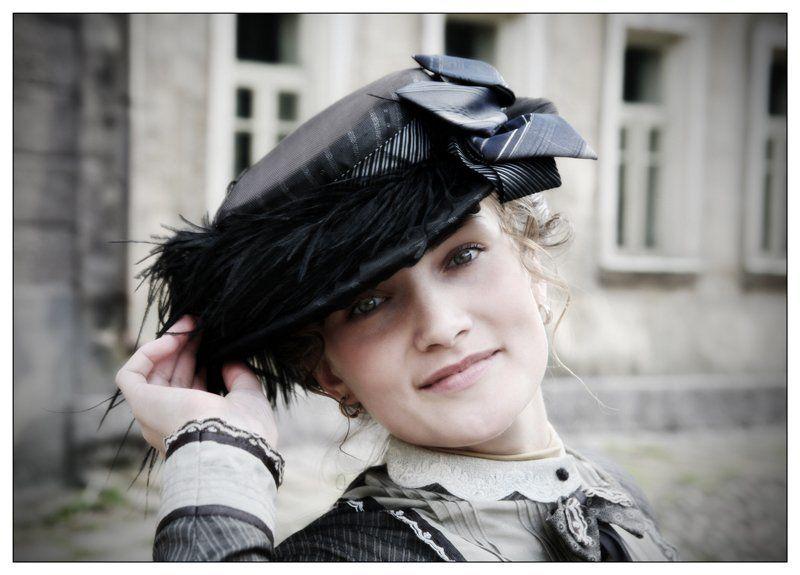 девушка, осень, взгляд, институт благородных девиц Катринphoto preview